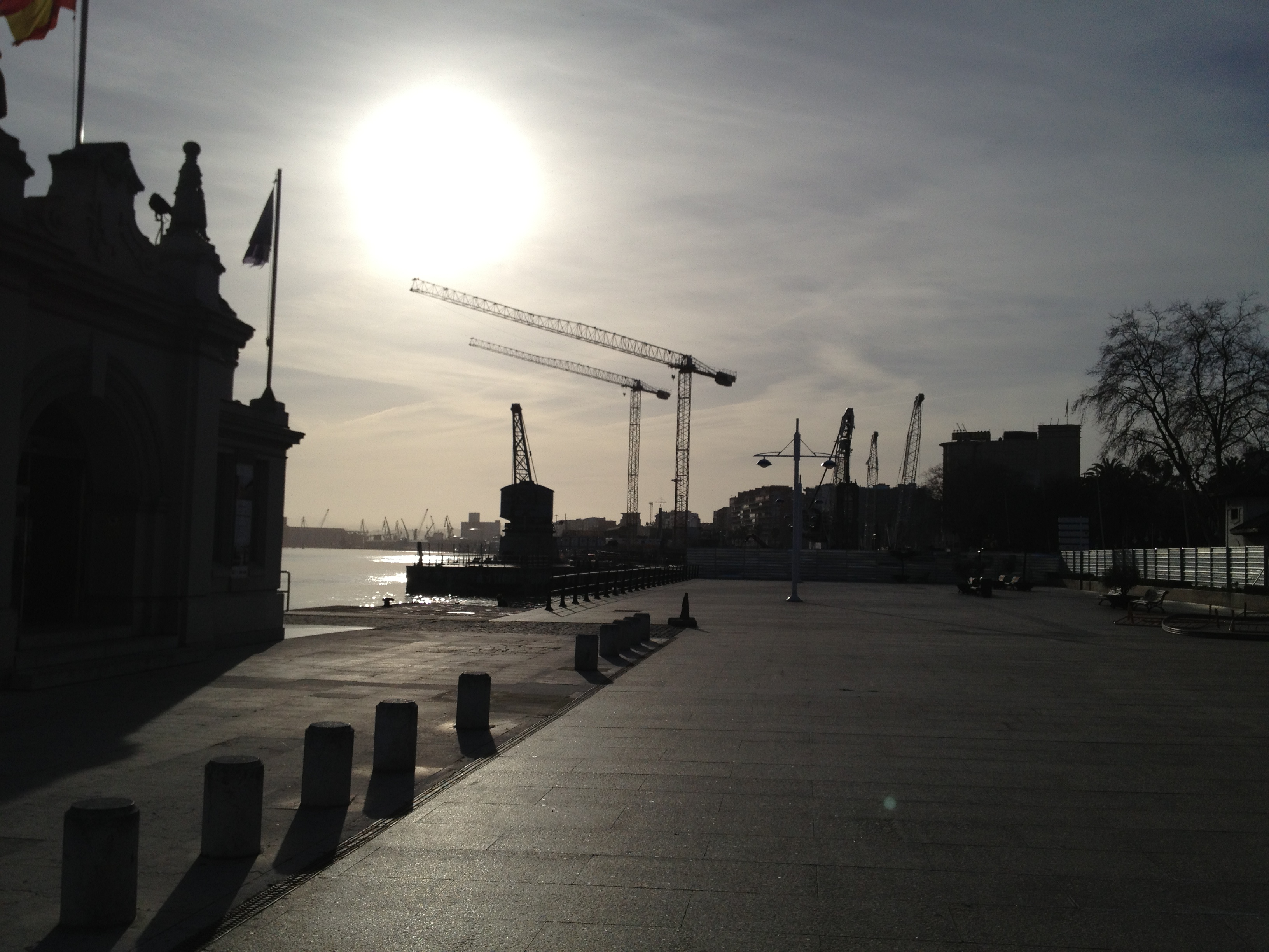 cranes working on Centro Botin Santander
