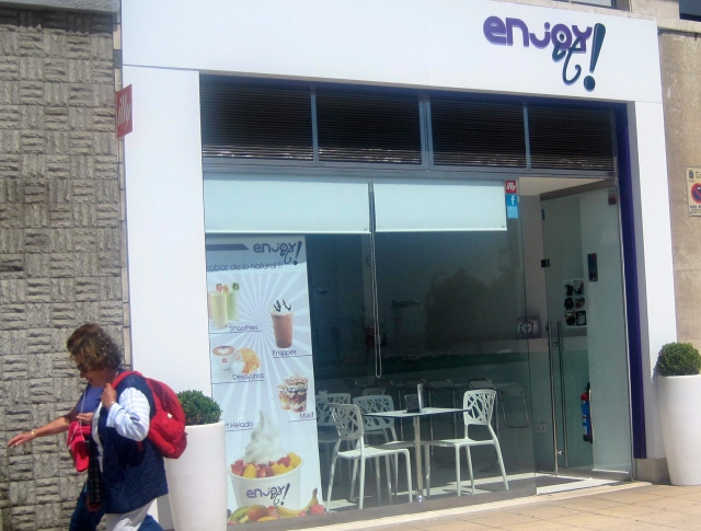 frozen yoghurt Santander ice-cream