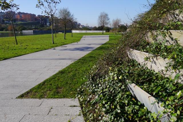 park parque llamas santander pathways