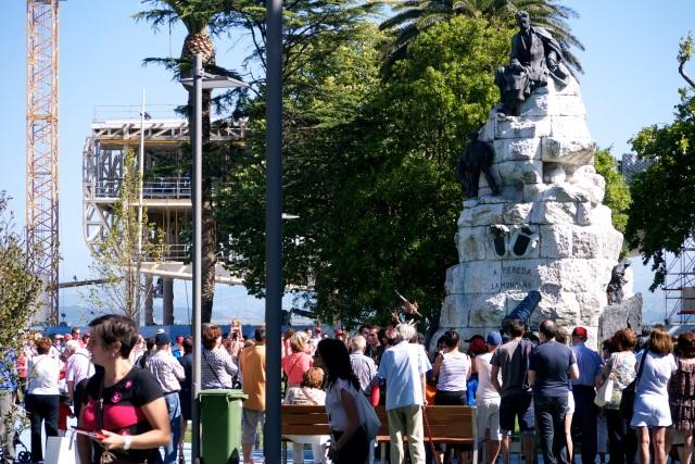 pereda gardens Santander Botin Centre Spain statue