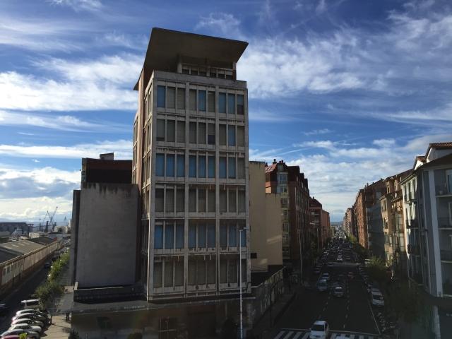 Cantabria civic centre high-rise tobacco building